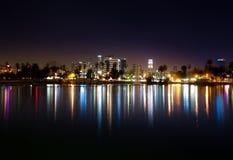 Los Angeles del centro come veduto da Macarthur Park Fotografia Stock