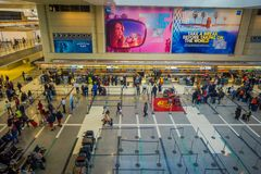 LOS ANGELES, EEUU, JANUARY, 29, 2018: Above view of unidentified people walking inside of the airport for departure. Flights, of the Los Angeles International Stock Photo