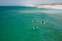 LOS ANGELES, EUA - 5 de agosto de 2014 - povos na praia de Veneza ajardina Imagens de Stock Royalty Free