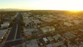 Los Angeles flyg- Venedig Blvdsoluppgång lager videofilmer