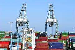 Los Angeles-Hafen-Werft-Behälter Stockfotos