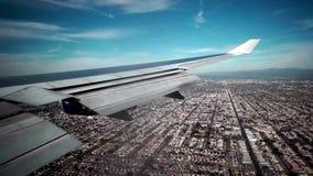 Los Angeles Het landen boven La stock footage