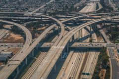 Los Angeles 110 i 105 autostrady wymiany rampy Powietrzne fotografia stock