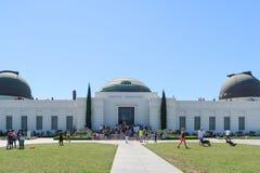 Los Angeles, Kalifornia, usa 04 01 2018 tłum ludzie na zewnątrz Griffith obserwatorium Fotografia Stock
