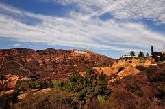 LOS ANGELES KALIFORNIEN, USA - DECEMBER 29, 2015: Det Hollywood tecknet är en gränsmärke som lokaliseras på monteringslä i Hollyw arkivbild
