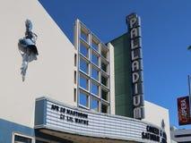 Los Angeles Kalifornien, USA 04 01 Hollywood Palladiumteater 2017 på solnedgångboulevarden Fotografering för Bildbyråer