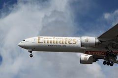 Emirates Boeing 777-31HER Royaltyfri Fotografi