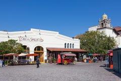 LOS ANGELES, LA CALIFORNIE - 10 AOÛT : Entrée de chariot de nourriture à Olve Photographie stock
