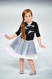 Los Angeles - 13 mars : Un modèle marche la piste au défilé de mode 2013 d'hiver d'automne d'Es+ es Photo stock
