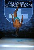 Los Angeles, Marzec - 12: Męski model chodzi pas startowy przy Andrew spadku zimy Chrześcijańskim 2013 pokazem mody Zdjęcie Stock