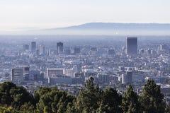 Los Angeles miasta ranku linia horyzontu W połowie widok zdjęcie stock
