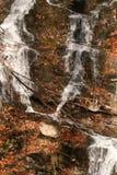Los Angeles natury en automne au québec, Urocza siklawa/ fotografia stock