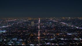 Los Angeles noc? - widok z lotu ptaka od Hollywood wzg?rzy zdjęcie wideo