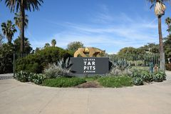 La Brea Tar Pits Entrance Sign. LOS ANGELES - NOVEMBER 24, 2017: The La Brea Tar Pits entrance sign. The Tar Pits and Hancock Park are situated within what was Royalty Free Stock Photo