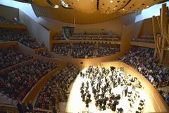 The Los Angeles Philharmonic orchestra performing at the new Disney Concert Hall, designed by Frank Gehry stock images