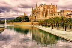Los Angeles Seu katedra Palma de Mallorca, Hiszpania, w zmierzchu lig Fotografia Stock