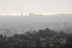Los Angeles-Skyline in Abstand 8 Stockfotos