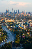 Los Angeles am Sonnenuntergang lizenzfreie stockbilder