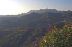 Los Angeles-USA, Oktober, 3: Sikt på den Hollywood kullen i Los Angele fotografering för bildbyråer