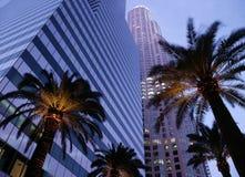 Los- Angelesim stadtzentrum gelegene Bürohaus Stockfotos