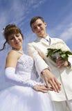 Los anillos del alarde de novia y del novio Imagen de archivo