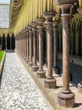 Los arcos de la abadía en Normandía I foto de archivo libre de regalías