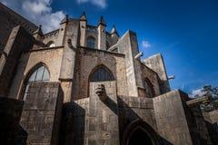 Los arcos el fachada septentrional de la catedral de Girona, son una iglesia católica romana situada en Girona, Cataluña, España Imágenes de archivo libres de regalías