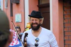 Los artistas se realizan en la calle imágenes de archivo libres de regalías