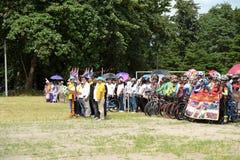 Los atletas aficionados de diversos grupos en Pluak Daeng participaron en la actividad Fotos de archivo libres de regalías
