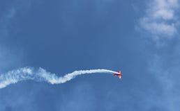 Los aviones que caen Fotos de archivo libres de regalías