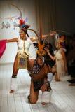 Los bailarines brasileños que abren la pista muestran para el traje de baño de Luli Fama Imagenes de archivo
