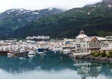 Los barcos de cruceros son gran negocio para el Alaskan poseen de Whittier Foto de archivo libre de regalías