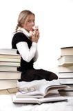 Los besos de la colegiala o del estudiante peluche-llevan Imágenes de archivo libres de regalías