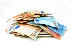 Los billetes de banco euro y el otro dinero en circulación Imagen de archivo