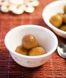 Los bocados diarios sanos sabrosos de la comida de las bolas del queso comen Imagen de archivo