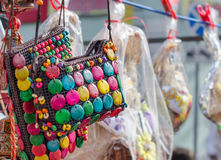 Los bolsos se adornan con las gotas Imagenes de archivo