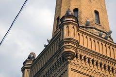 Los bomberos se elevan en Moscú, en 1880 es construido imagenes de archivo