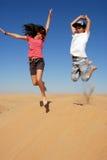 Los cabritos que saltan en el desierto Fotos de archivo libres de regalías