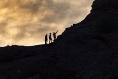 Los caminantes toman un selfie Imagenes de archivo