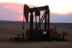 Los campos petrolíferos son solos Fotografía de archivo libre de regalías