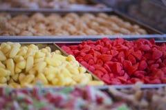 Los caramelos y las jaleas coloridos se cierran para arriba Fotografía de archivo libre de regalías