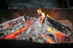 Los carbones en la parrilla Imágenes de archivo libres de regalías
