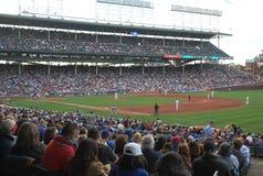 Los Chicago Cubs Wrigley colocan el béisbol Diamond Chicago IL imagen de archivo libre de regalías