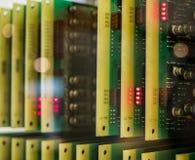Los chips de ordenador viejos y del vintage de los transistores imagen de archivo libre de regalías