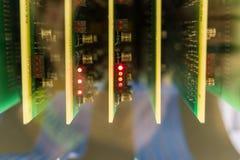 Los chips de ordenador viejos y del vintage de los transistores imágenes de archivo libres de regalías