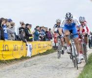 Los ciclistas en esfuerzo completo Foto de archivo
