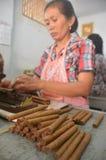 Los cigarros de Jember hecho a mano Imagen de archivo libre de regalías