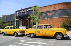 Los coches del taxi del maratón del inspector produjeron por el Checker Motors Corporation Foto de archivo