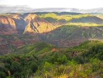 Los colores del barranco en la puesta del sol, Hawaii del waimea Fotografía de archivo