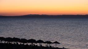 Los colores mágicos en el horizonte los momentos antes de Sun suben Sunris Imagen de archivo